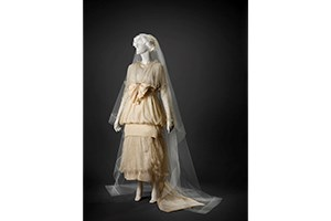 Wedding Dress: Dress, Veil, Shoes and Ribbon (1915)